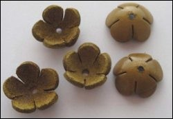 36941 Real Leather Flower (5) Tan 18 mm (12286-8674).