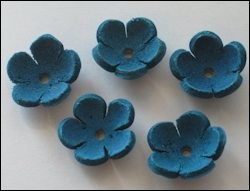 36944 Real Leather Flower (5) Turqoise 18 mm (12286-8677).