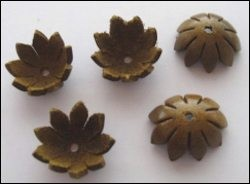 36946 Real Leather Flower (5) Tan 18 mm (12286-8692).