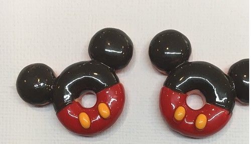 51230 Mickey Donut Head 2 Stuks 38x32 mm.