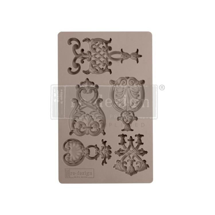 "53380 Prima Marketing Re-Design Mould 7.5""X4.5"" Regal Emblems (636425)."
